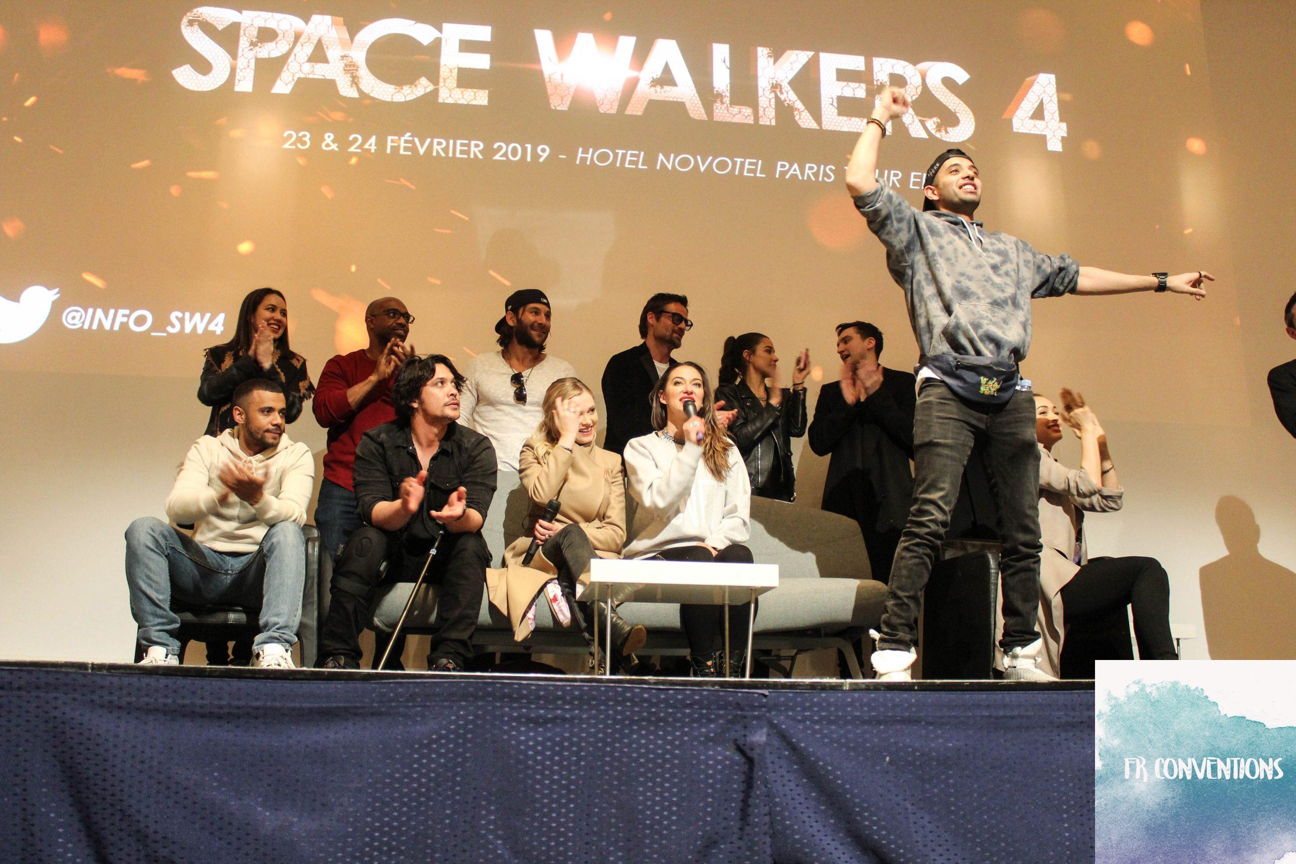 Space Walkers 4